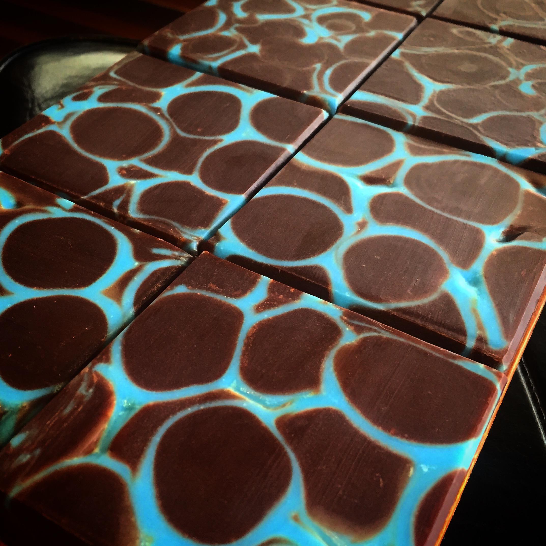 blue giraffe dancing funnel soap