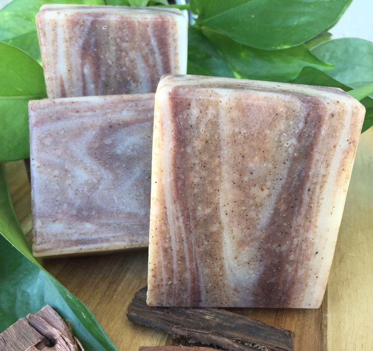 olivo wood grain soap