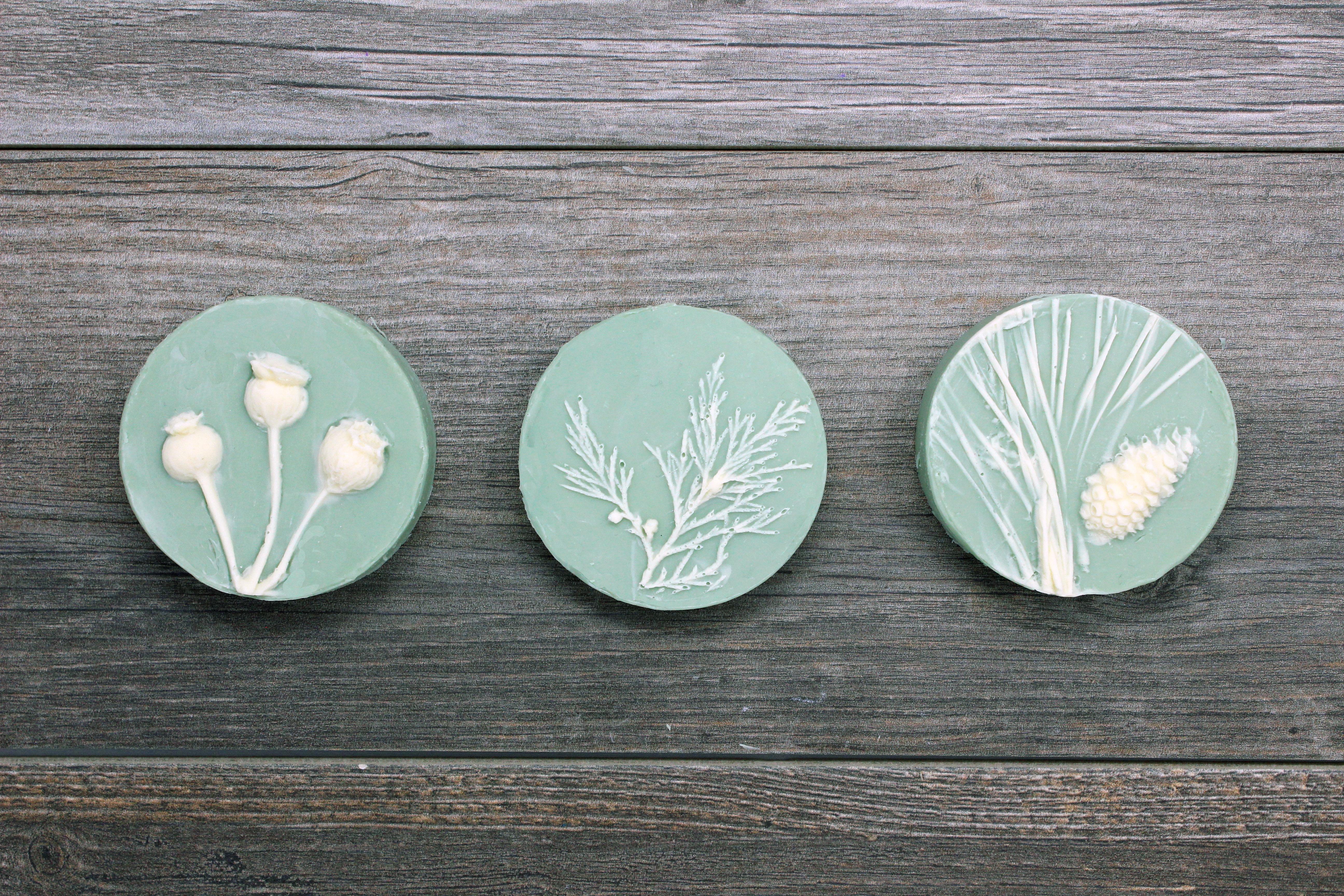 floral cameos