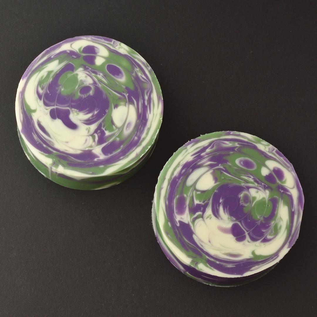 lavender grass twist