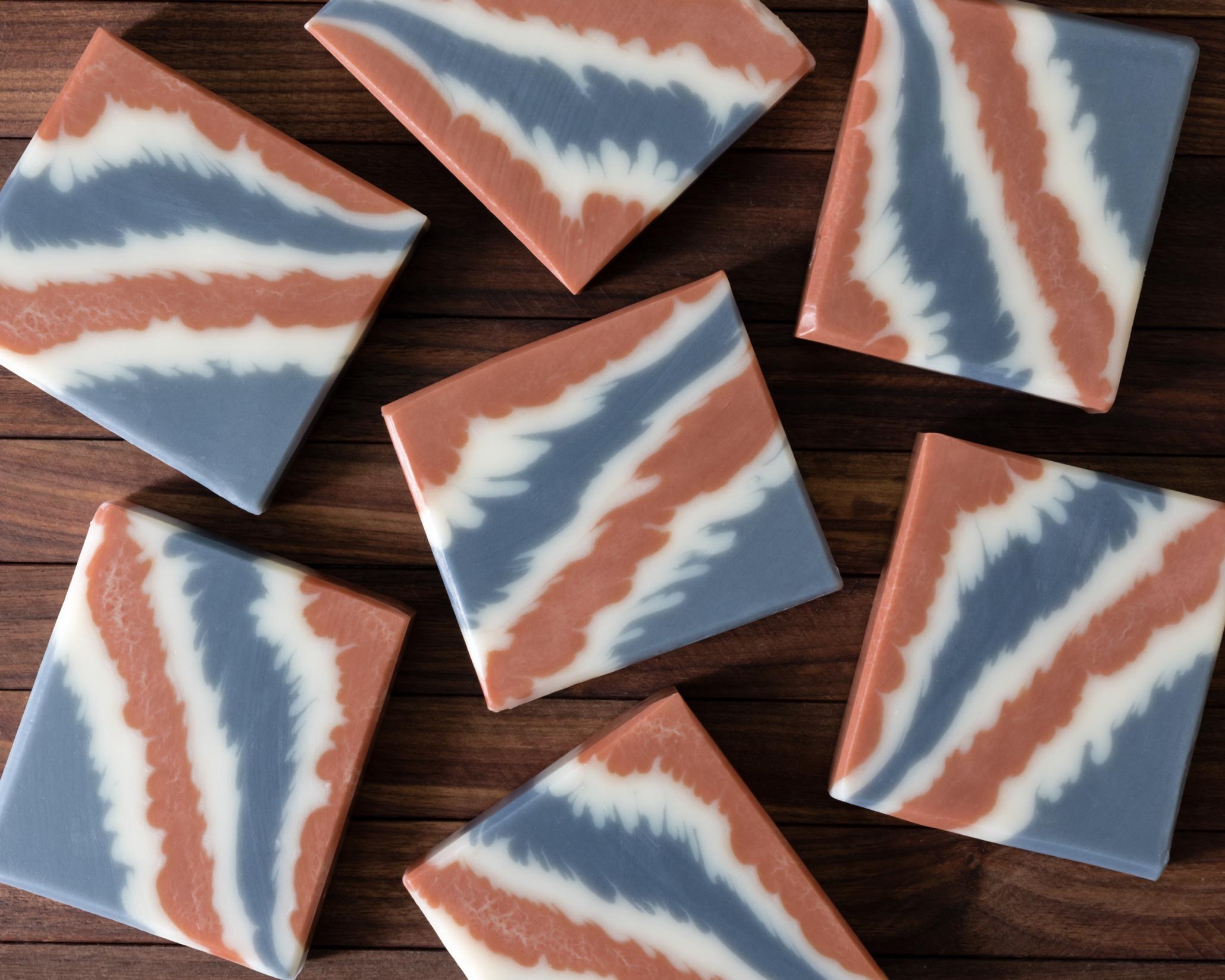diagonal pointy layers