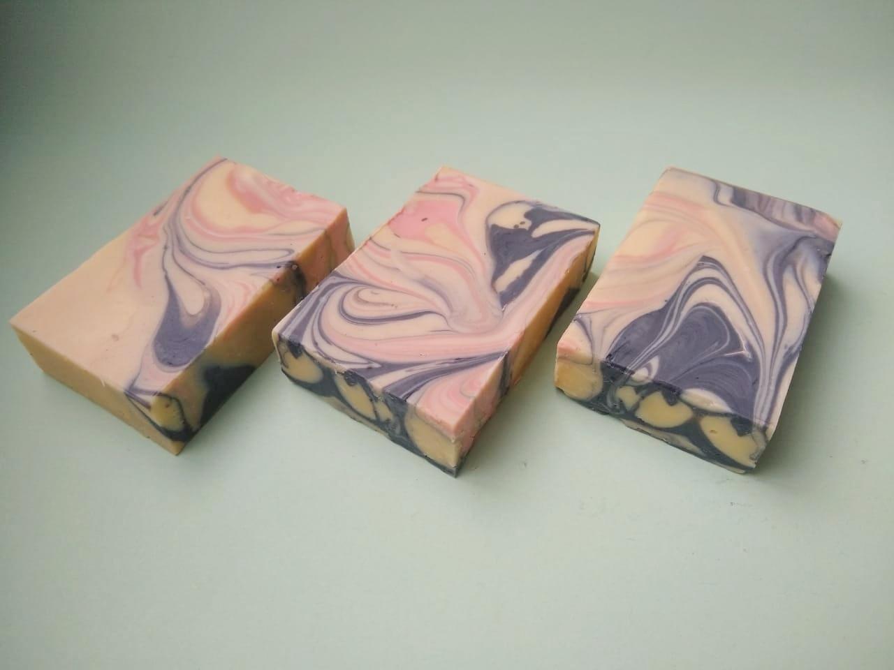 pomparie soap