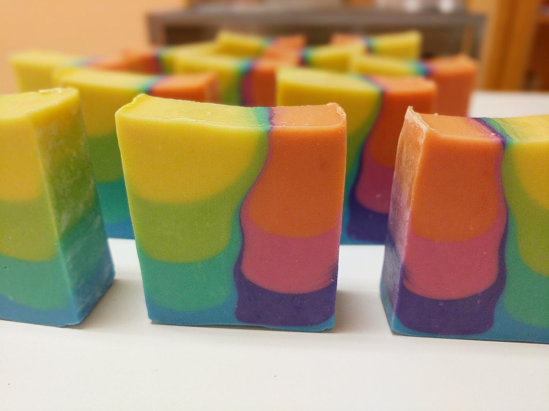 rainbow shimmy
