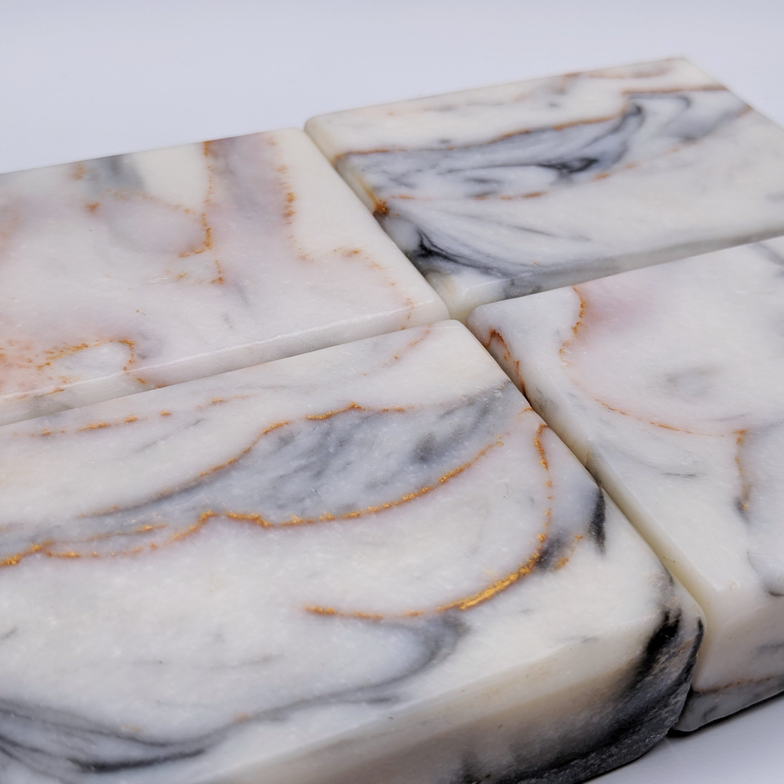 calcatta gold marble soap